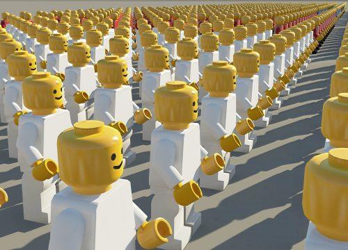 crowd-1699137_1920